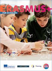 Titelbild der Broschüren. Schulkinder beim Lernen.